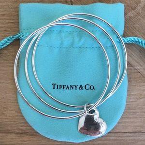 Tiffany & Co sterling silver heart bracelet w/ bag